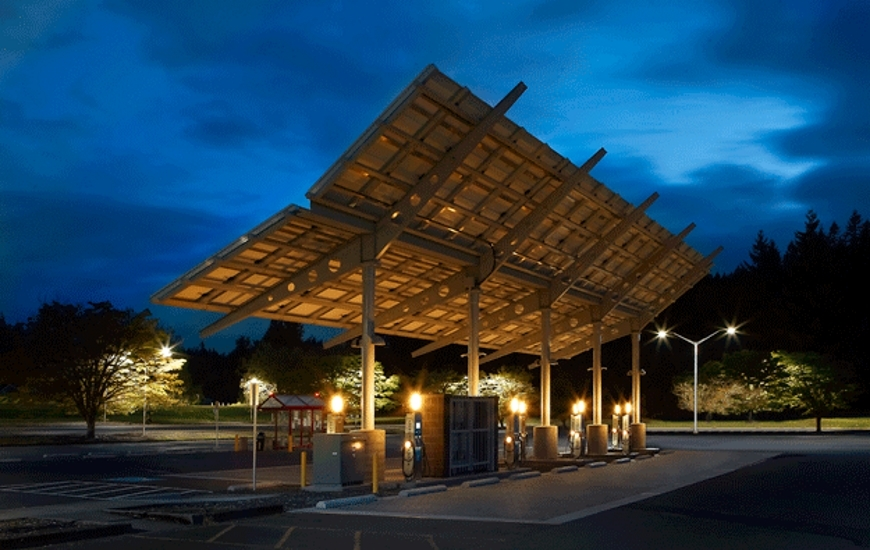 Solar powered charging station at Lane Community College